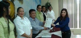 ENTREGA DE TITULOS Y CEDULAS PROFESIONALES EN EL CBTIS 105 DE ALTAMIRA