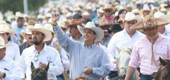 PARTICIPA GOBERNADOR EN CABALGATA EN EL MARCO DE LA FERIA TAMAULIPAS