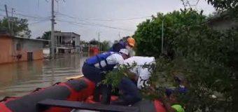 Apoya Ismael García Cabeza de Vaca a familias afectadas por Hanna en Reynosa