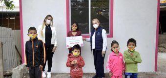 Transforma Alma Laura Amparán condiciones de familia vulnerable