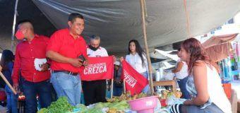 Gregorio SANTIAGO PÉREZ VISITA CASA POR CASA, EL ES EL CANDIDATO A PRESIDENTE MUNICIPAL DE CITLALTEPETL, POR PRI.